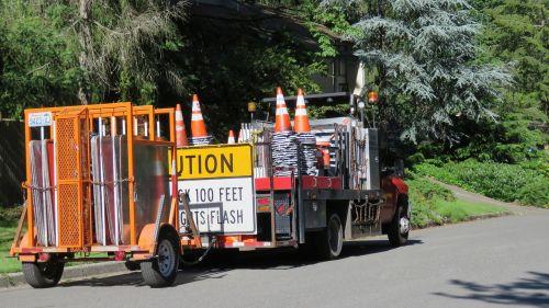barricade trailer trailer road signs trailer