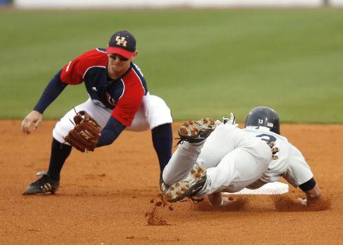 baseball college baseball play at second