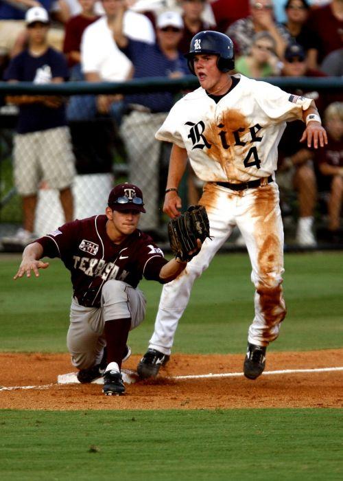 baseball player third base