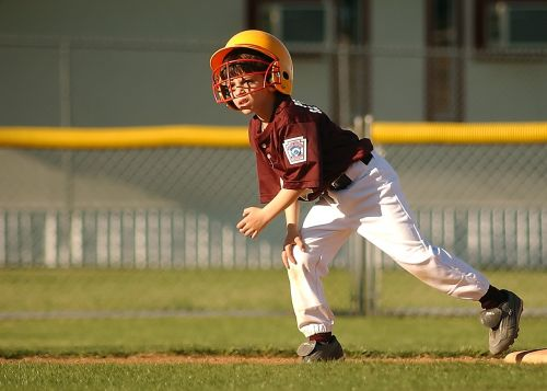baseball runner little league