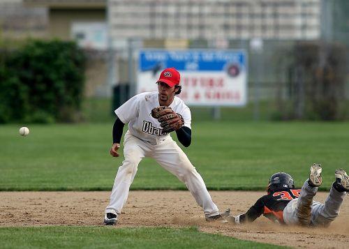 baseball sliding runner