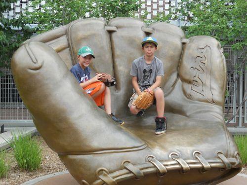 baseball glove kids