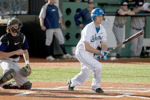 baseball batter sport
