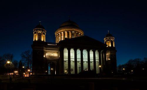 basilica esztergom at night