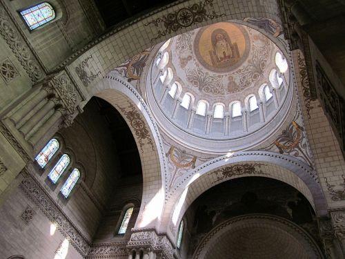 basilica of st martin neo-byzantine dome