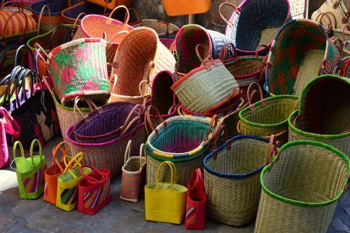 krepšeliai,skleisti,turgus