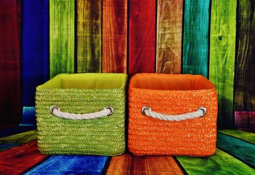 baskets green orange