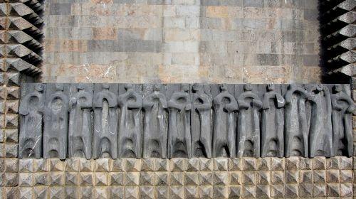 basque art arantzazu oteiza