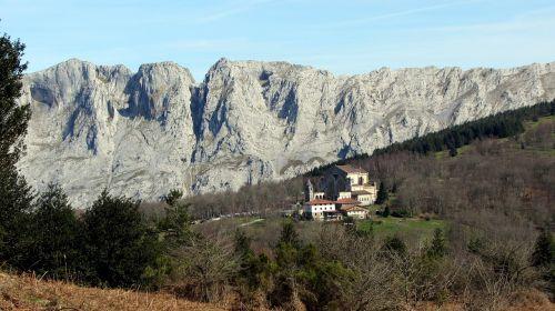 basque country euskal herria mountains