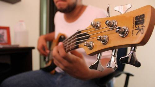 bass music strings