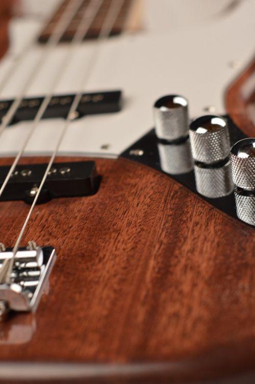 bass jazz mahogany