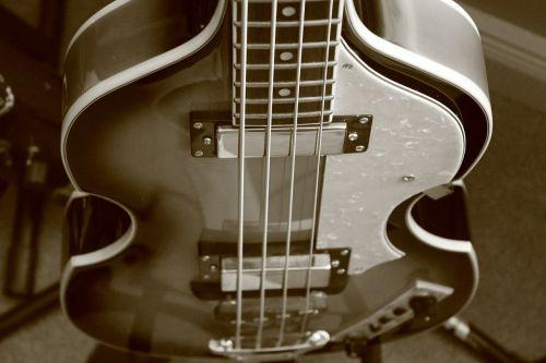 bass guitar guitar beatles