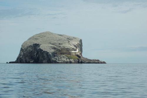 bass rock island lighthouse