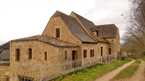 bastide of domme france the dordogne valley