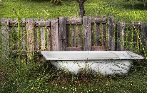 bath bathtub garden