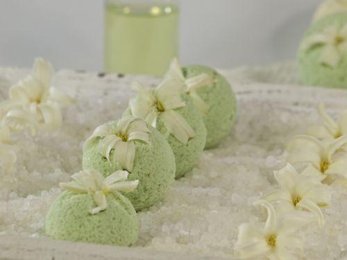 bath balls mint woodruff