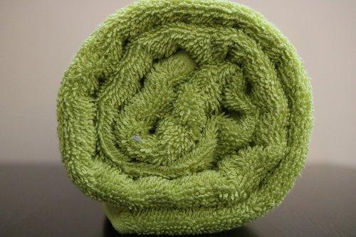 bath towel  450 gsm  color green