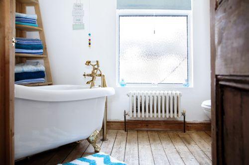 bathroom bath interior