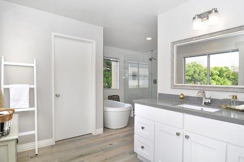 bathroom  remodel  modern
