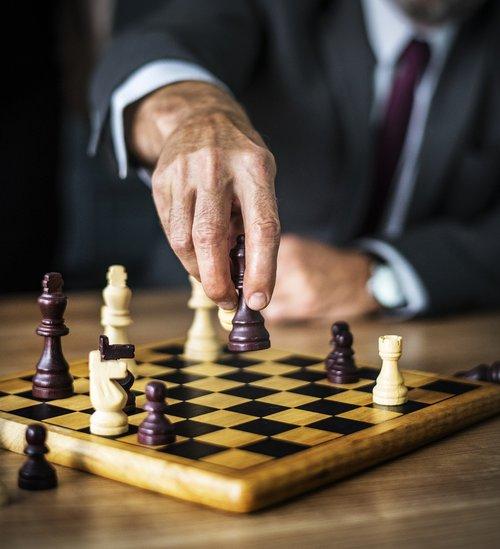 battle  board  business