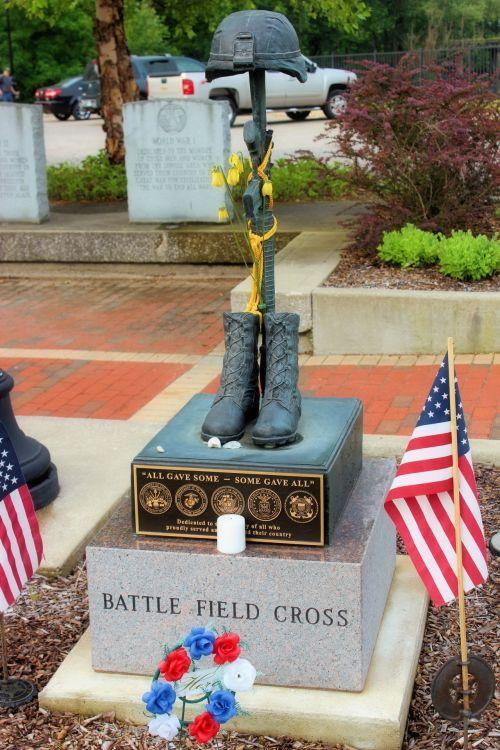 Battle Field Cross