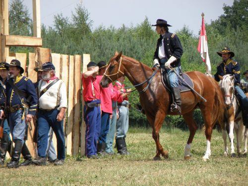 battle re-enactment cowboy cavalry