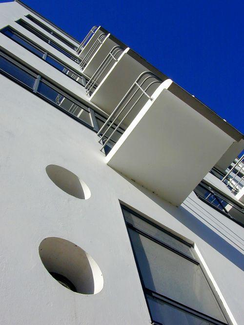 bauhaus architecture dessau