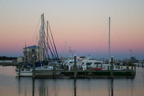 bay boats dock