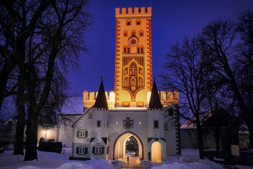 bayer gate  night  lighting