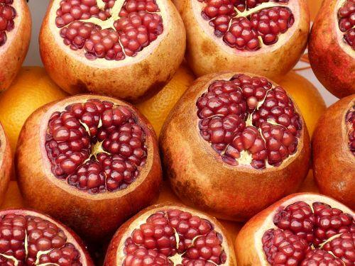 turgus,istanbulas,turgus,Turkija,vaisiai,granatas,sveikas,skanus,lukštas