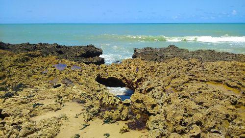 beach mar rocks