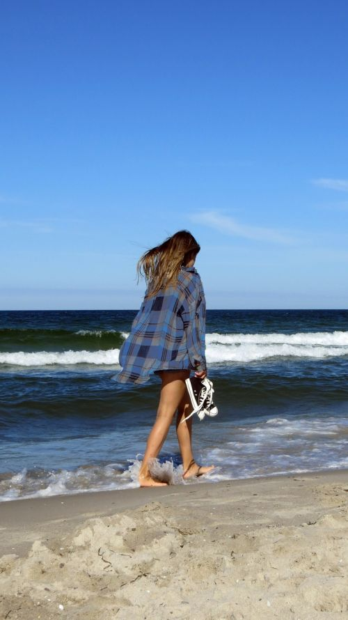 beach woman walk