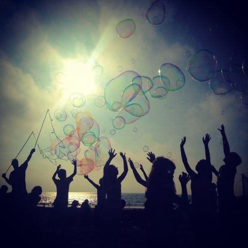beach bubble to call