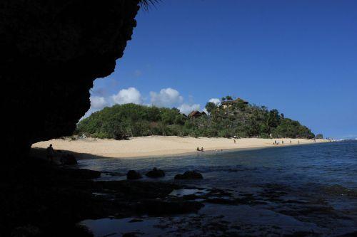 beach indonesia gunung kidul