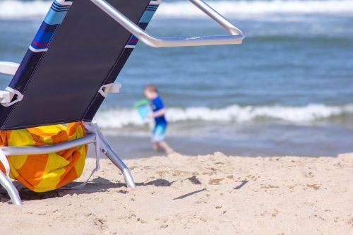beach chair sand