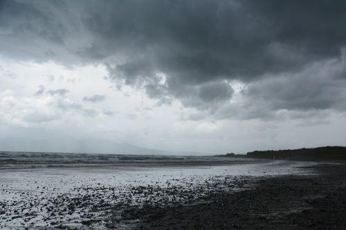papludimys,debesuota oras,pilka,oras,grasinantis dangus,debesys,gamta,Airija