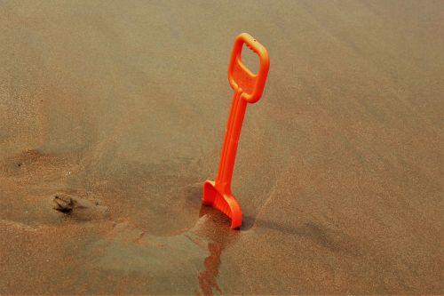 beach play sand shovel