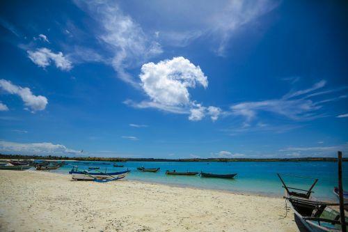 papludimys,mėlynas,smėlis,jūra,atostogos,kelionė,atogrąžų,vandenynas,smėlis,dangus,vanduo,gamta,kranto,atsipalaidavimas,sala,kraštovaizdis,turizmas,Krantas,lauke,saulė,jūros dugnas,saulėtas,balta,saulės šviesa