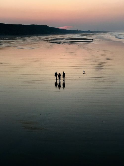beach sunset people
