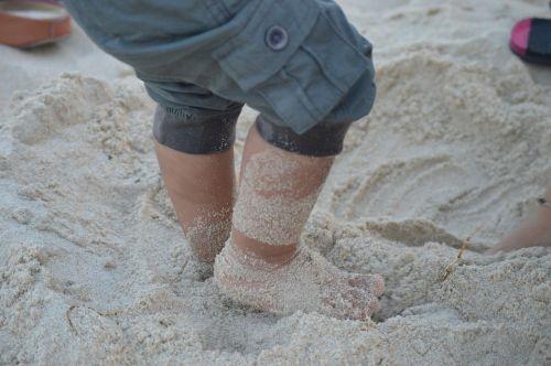 beach send baby