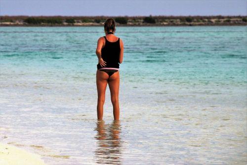 beach indian ocean girl