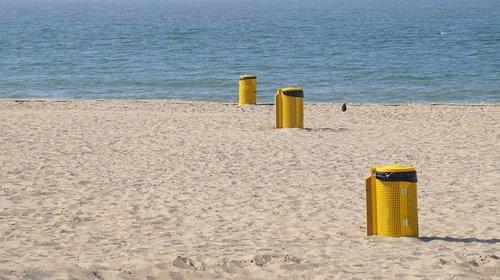beach  cleanliness  mülltonnen
