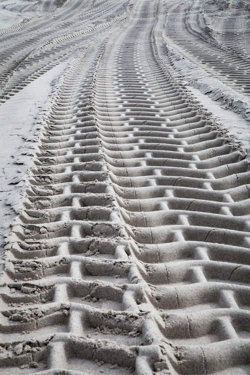 beach  tread  tire