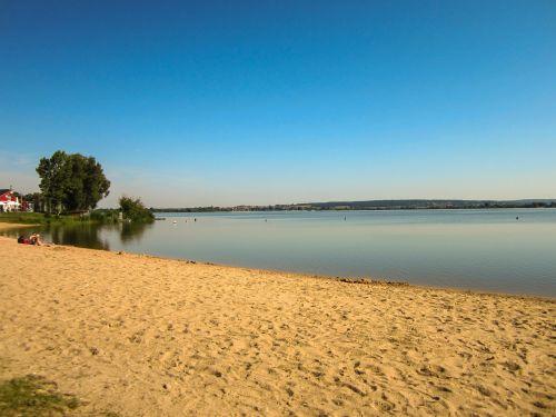 beach lake altmuehlsee