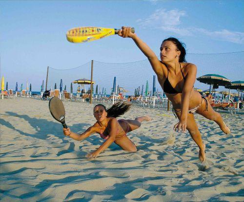 beach games girls