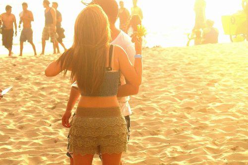 papludimys,pora,romantika,smėlis,ecuador,montanita,vandenynas,Ramiojo vandenyno regionas,Pietų Amerika,Lotynų Amerika,vasara,šortai,saulės šviesa,auksinis