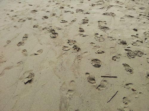 beach foot walk