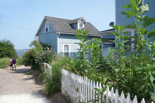beach house beach picket fence