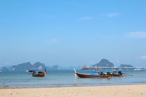 beach scene beach boats
