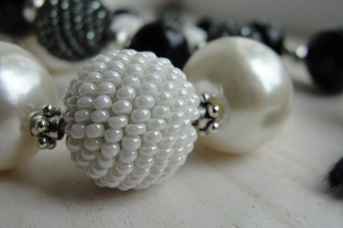 beads chaplet ornament